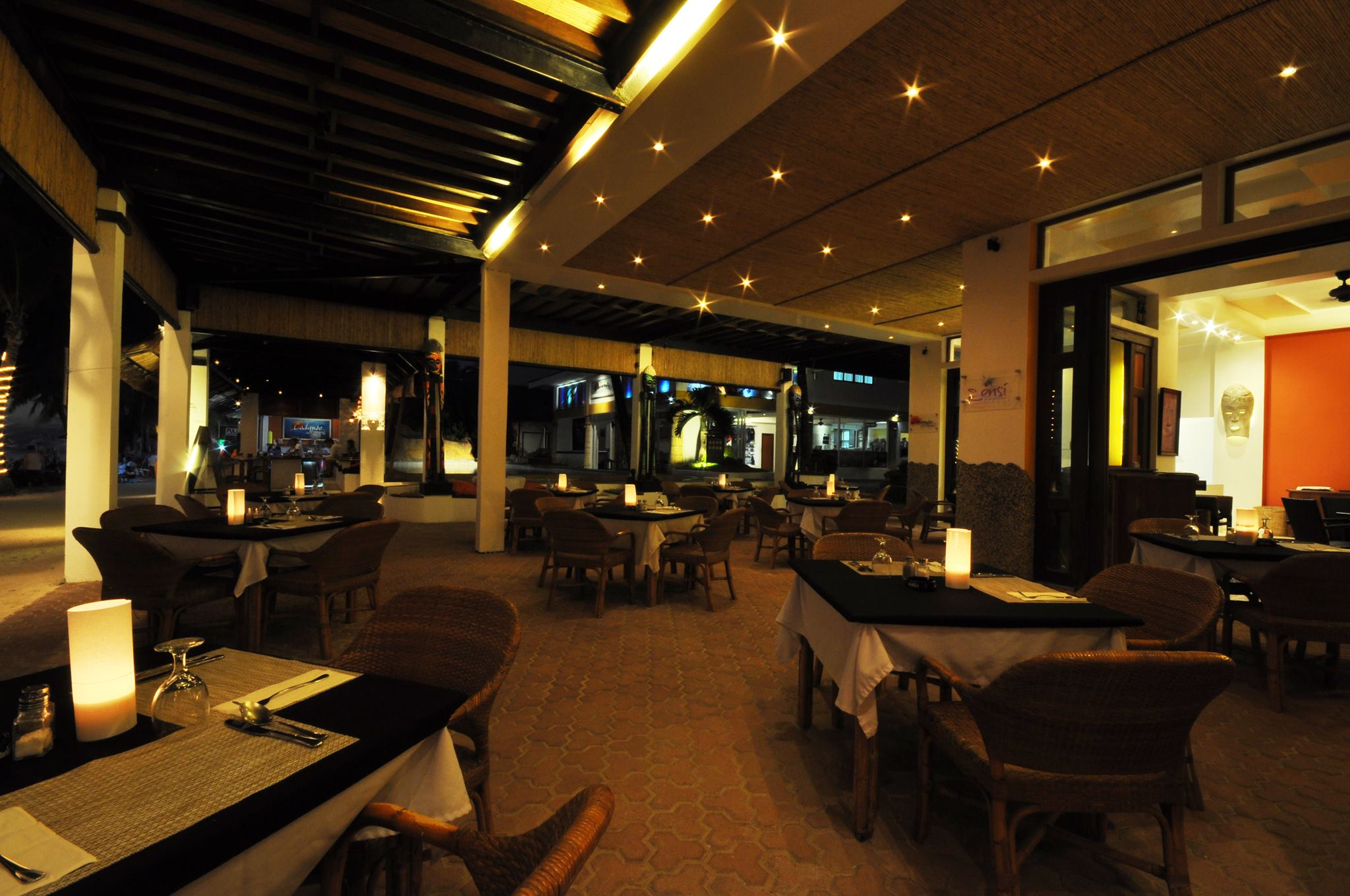 Sensi Restaurant Interior