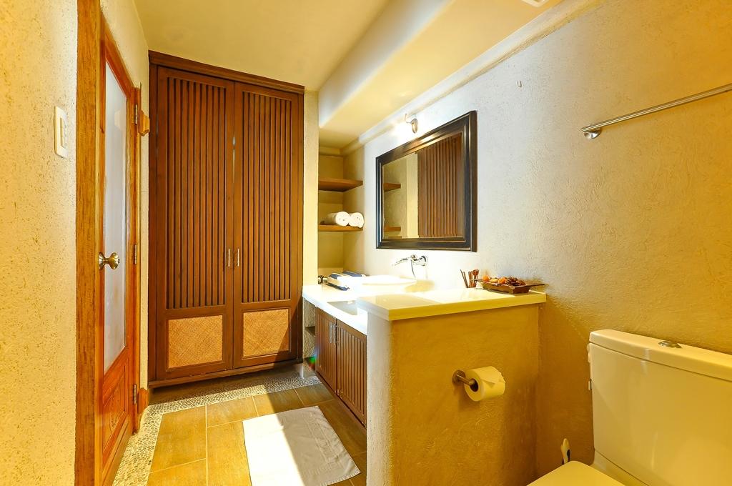 myboracayguideroomsboracay-hotel-Mayumi-Beach-House-12.jpg