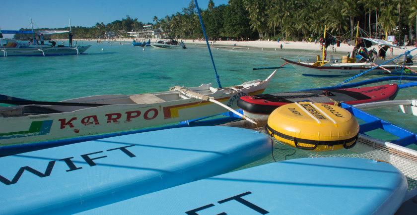 boracay boat cruise