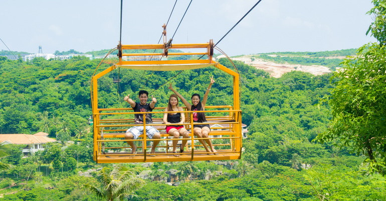 Cable Car and Zipline Boracay Activities