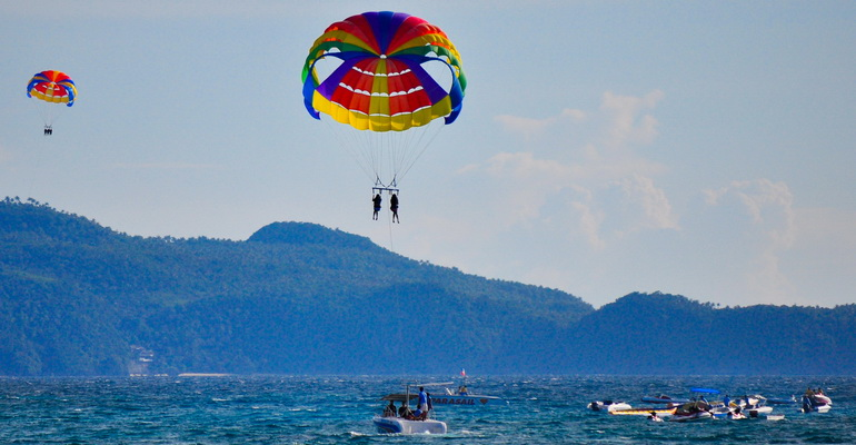 Parasailing water activity on Boracay