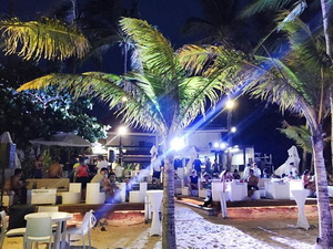 White House Boracay Bar