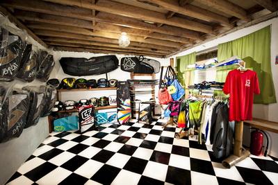 Isla Kite Surfing Guesthouse Boracay