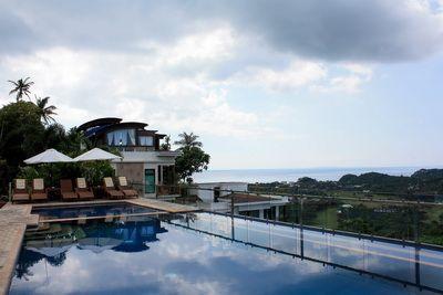Tanawin Luxury Apartments Boracay