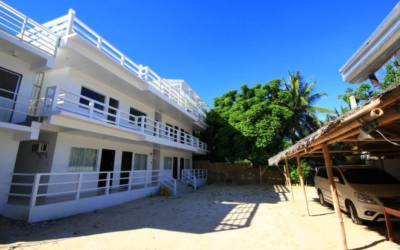 the beach house boracay discount hotels free airport. Black Bedroom Furniture Sets. Home Design Ideas