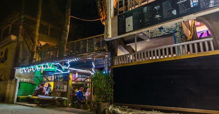 Jeepney Hostel and Kite Resort Boracay