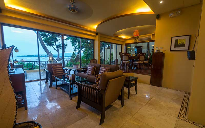Palm Breeze Villa Boracay