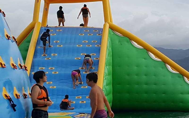 Slide and Splash Boracay Acitivity